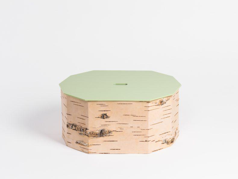 Brotkasten aus Birkenrinde mit Zirbenholz Boden